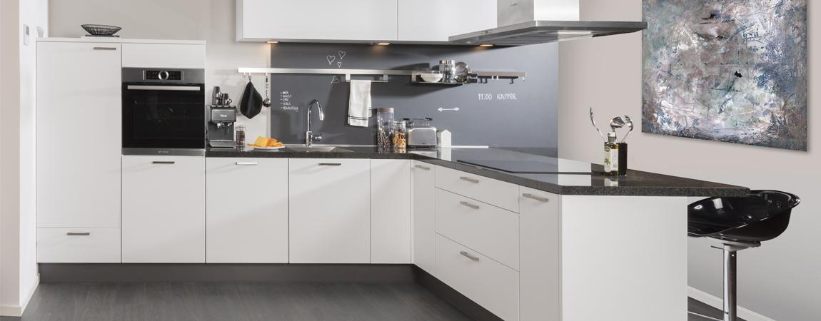witte keukens - hoogglans of mat - keukenconcurrent