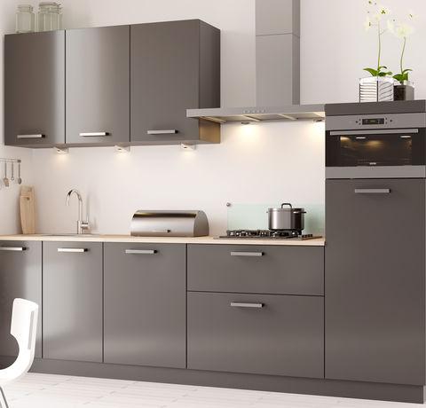 Moderne keuken met veel kastruimte