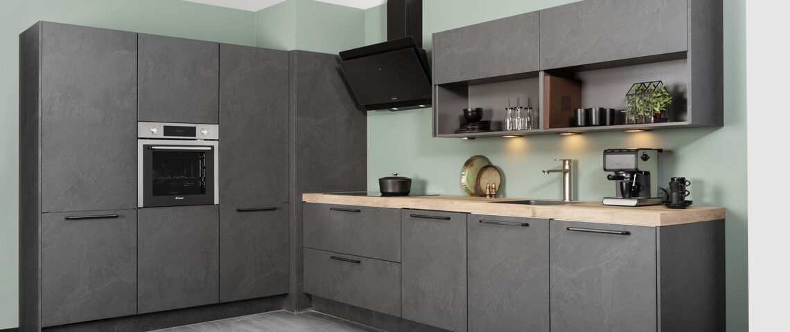 Leisteen grijze keuken