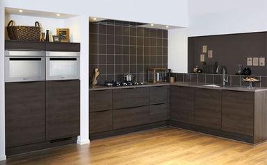 Donkerbruine keuken