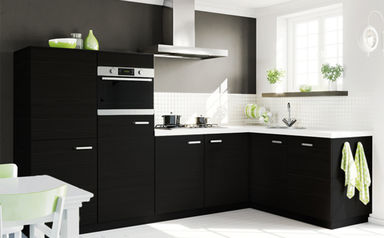 Zeer zwarte tegels keuken qsp agneswamu