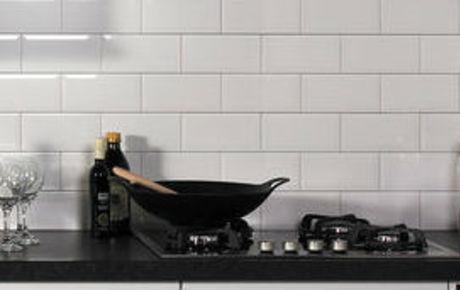 Tegels Keuken Witte : Witte keukens hoogglans of mat keukenconcurrent